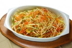 salat-iz-kapusty-s-morkovyu