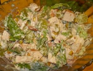 salat-s-kopchenoj-kuricej-i-vinogradom