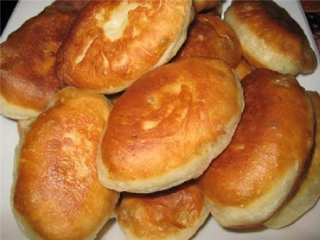 zharenye-pirozhki-s-nachinkoj