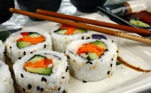 kak-varit-ris-dlya-rollov-i-sushi