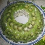 salat-malaxitovyj-braslet-s-kivi