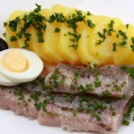 Маринованная сельдь с картошкой