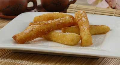 жареные банановые палочки