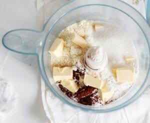 шоколадный торт с грушами - тесто