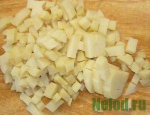 как нарезать картофель для салата