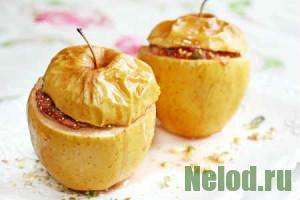 Яблоки, фаршированные рисом и изюмом, в духовке